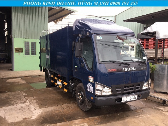 xe tải isuzu 2t2 màu xanh