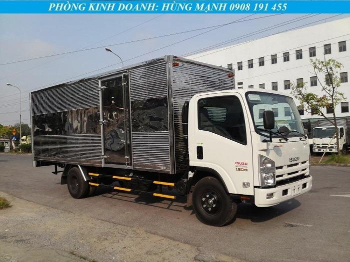 xe tải isuzu 5 tấn thùng kín dài
