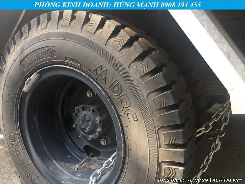 Lốp xe tải Hyundai cũ HD700 còn rất mới