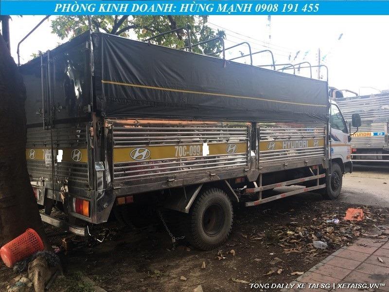 Xe tải Hyundai 8 tấn HD800 cũ thùng inox