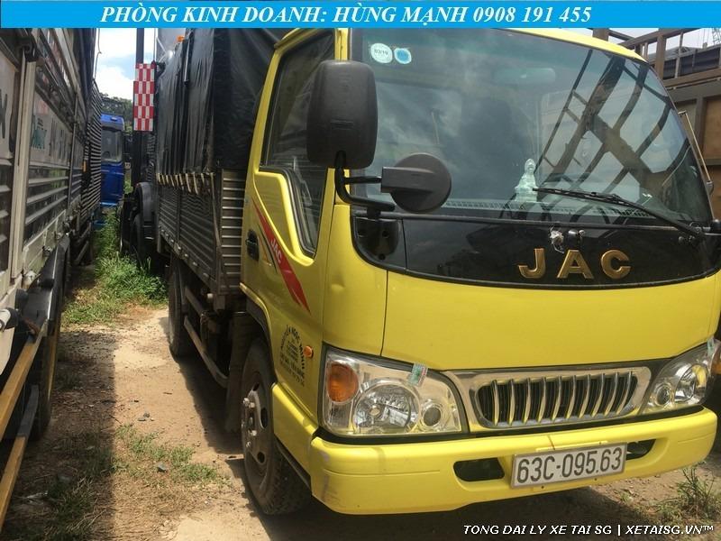 xe tải jac cũ 2t4 màu vàng