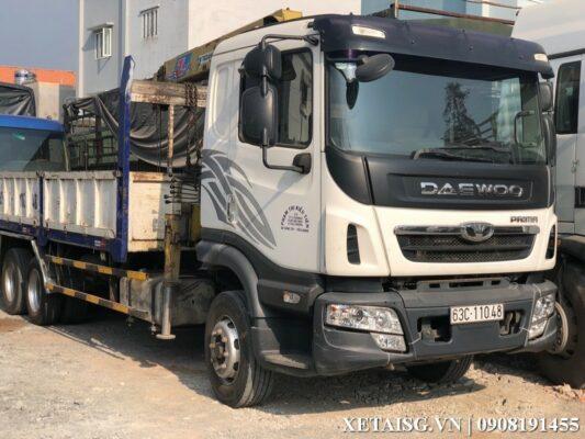 xe tải cẩu cũ Daewoo