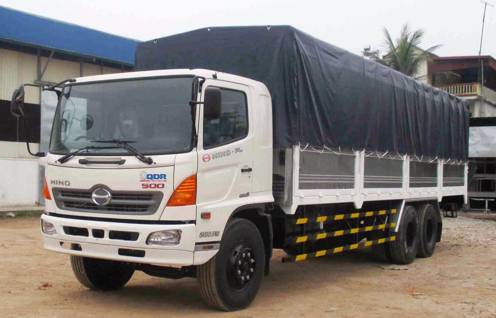 Xe tải cũ 3 chân Hino 1 cầu