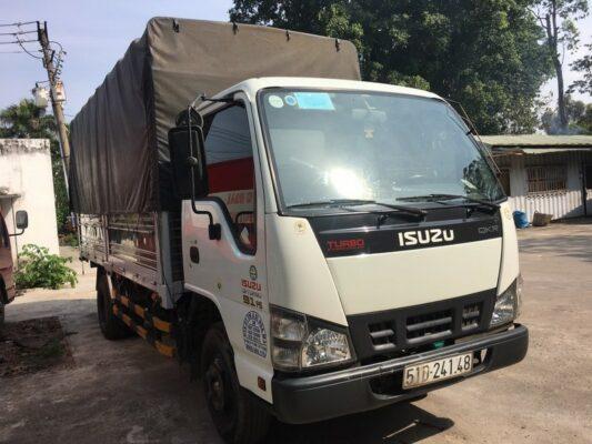 xe tải isuzu 2t2 cũ tổng quan