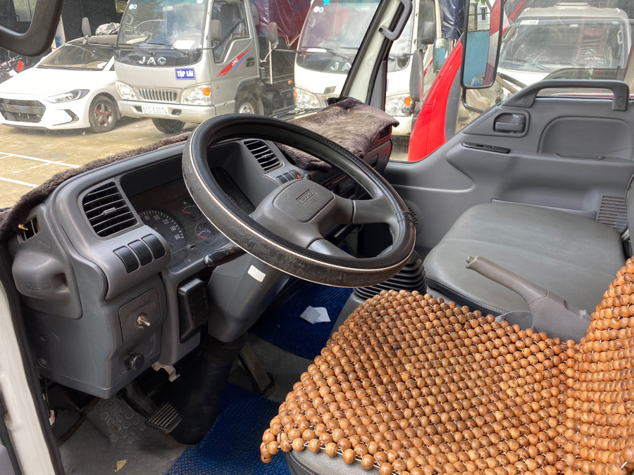 Xe tải cũ isuzu giá rẻ